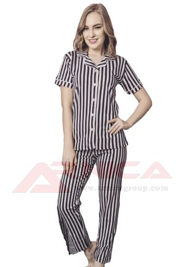 Дамска пижама с копчета къс ръкав дълъг панталон